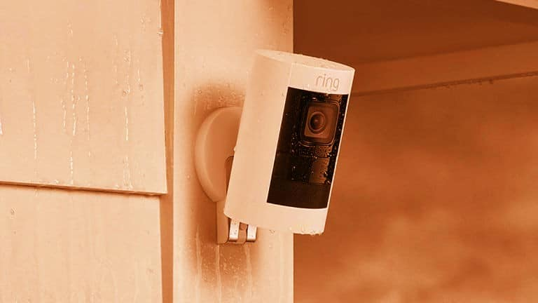Pros & Cons of Wired and Wireless Security Systems